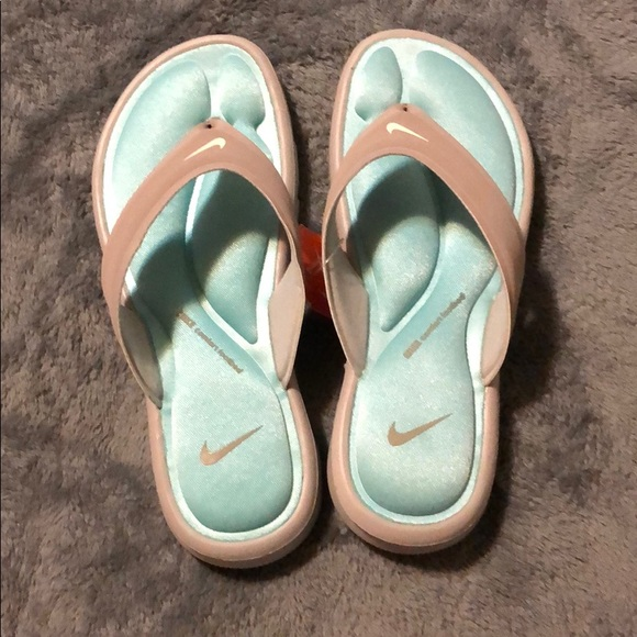 better price search for original good Nike ultra comfort flip flops thong sandals NWT